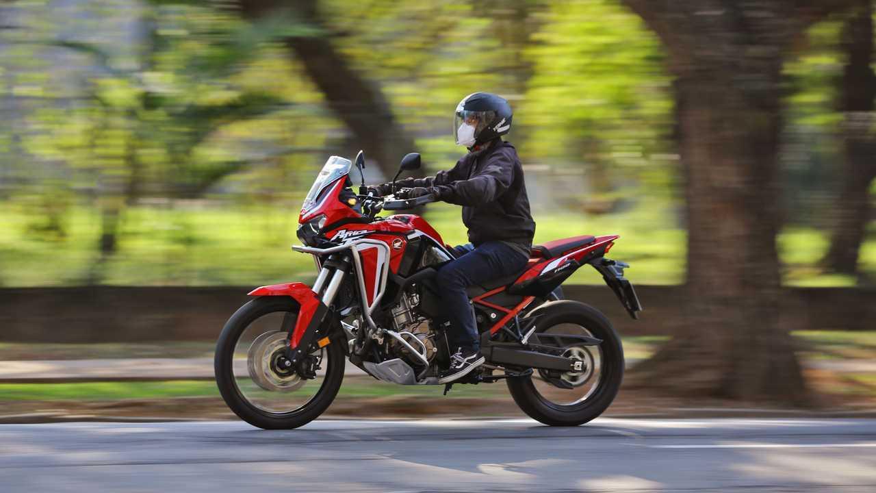 Honda Africa Twin MT 2021