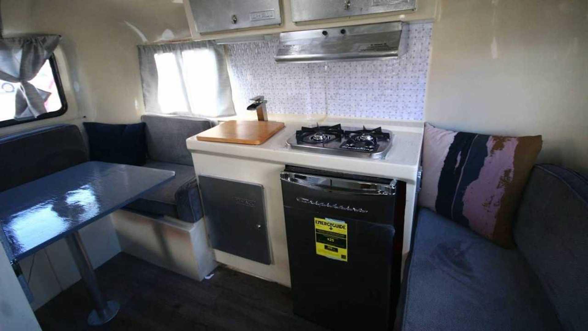 U-Haul CT13 Fiberglass Camper Trailer For Sale