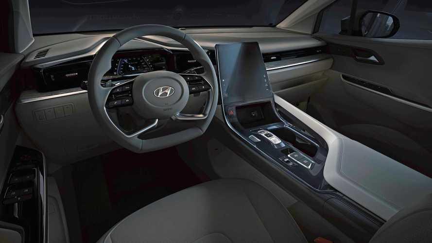 Hyundai показала интерьер минивэна Custo