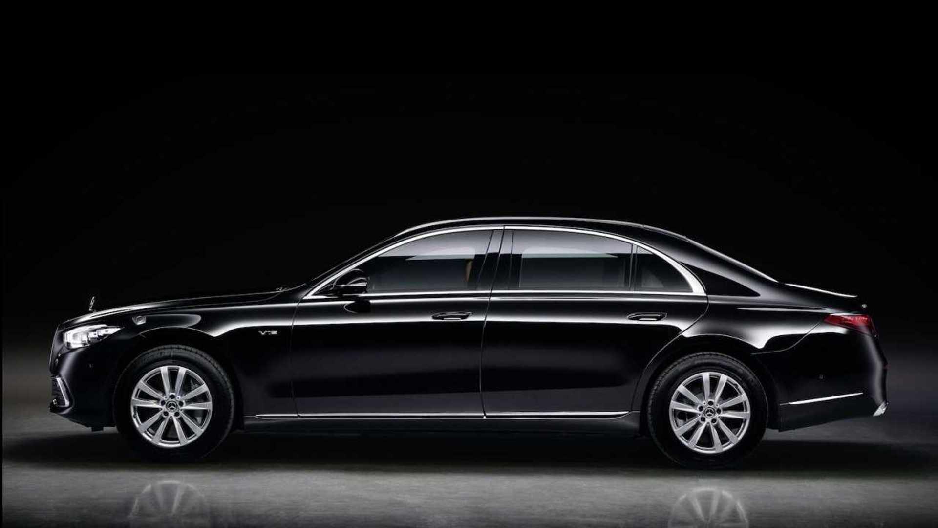 Mercedes presenta su nuevo tanque para Jefes de Estado 2