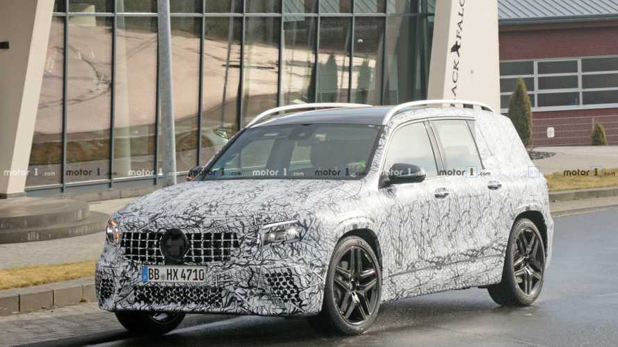 Mercedes-AMG GLB 35 spy photo