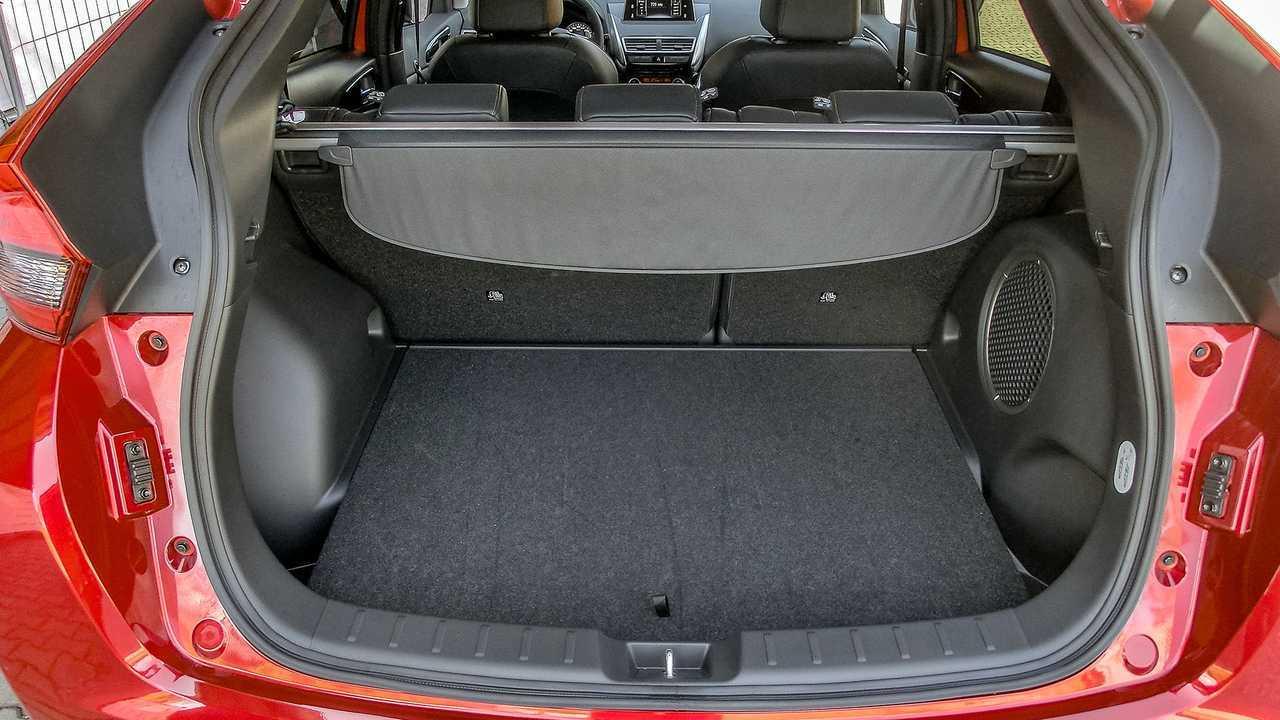 mitsubishi eclipse cross diesel 2019 im test. Black Bedroom Furniture Sets. Home Design Ideas
