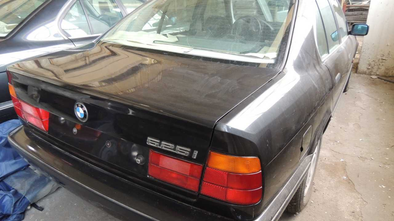 BMW Série 5 E34 neuves en Bulgarie