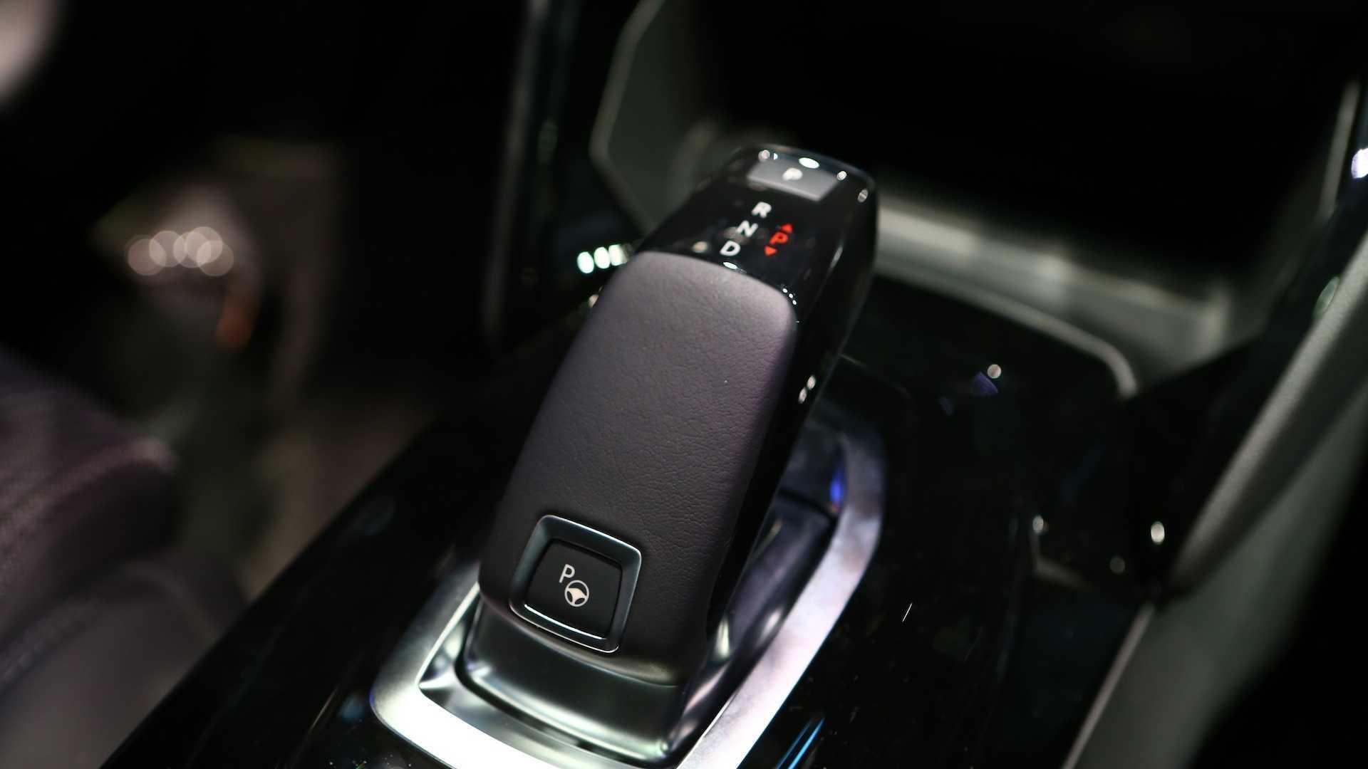 Novo Peugeot 208 GTi terá motor 1.6 turbo de 225 cv Novo-peugeot-208-no-salao-de-genebra