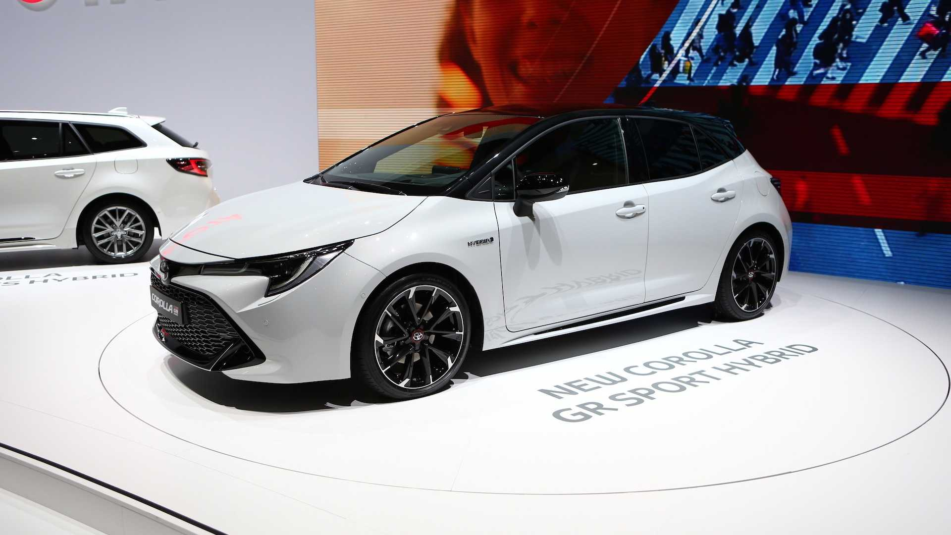 Kekurangan Corolla Gr Sport Review