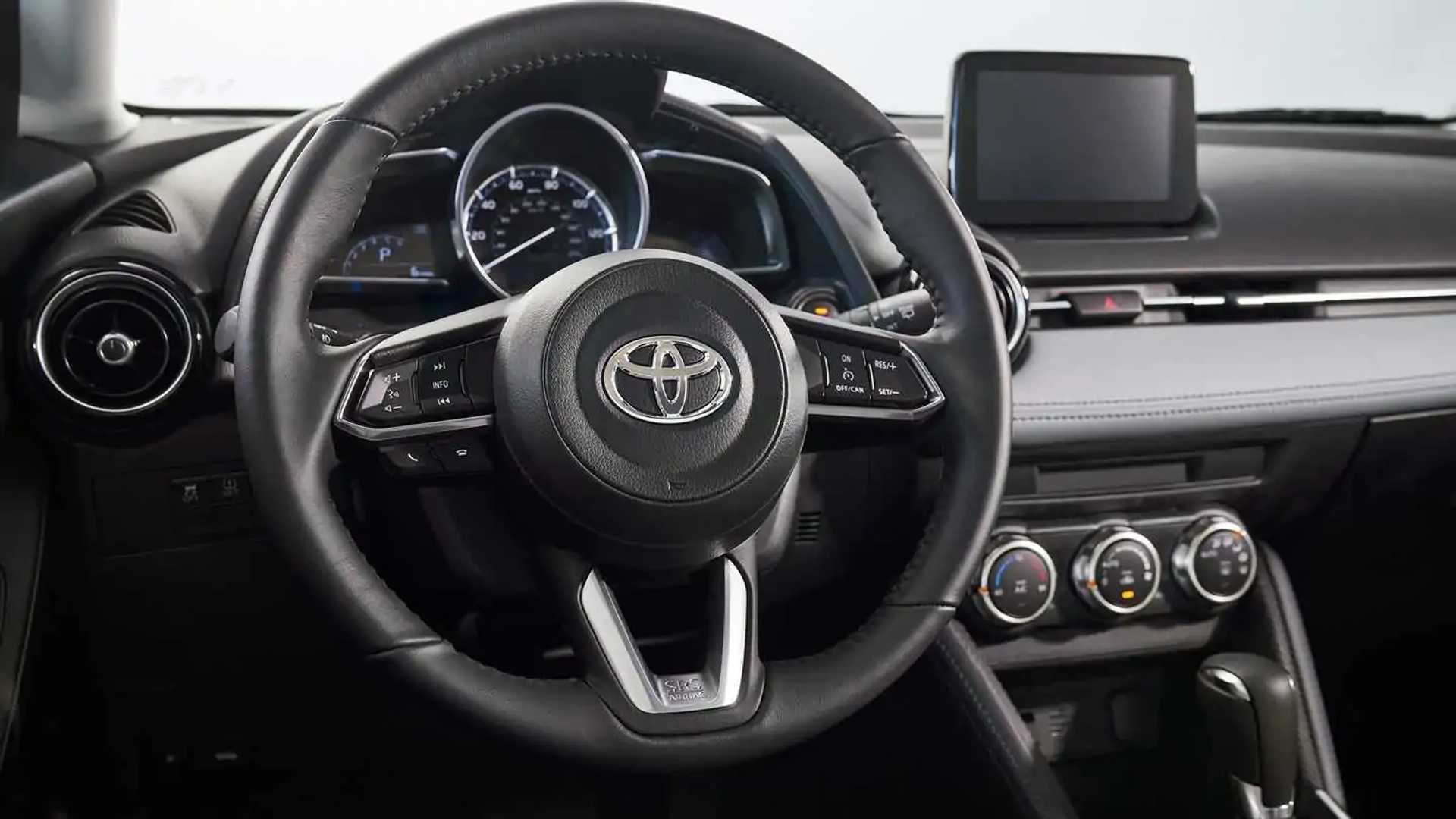Toyota yaris 2020 sedan precio