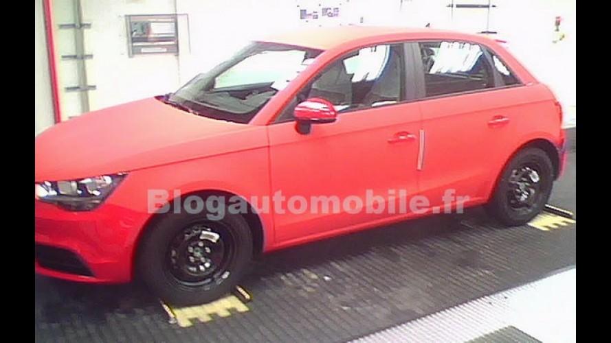 Flagra: Audi A1 Sportback - Versão de 4 portas é flagrada sem disfarce