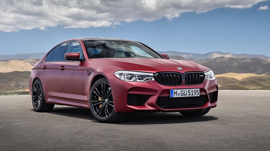 Após esgotar na pré-venda, novo BMW M5 chega às lojas no Brasil