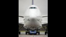 Una Touareg e un Boeing 747