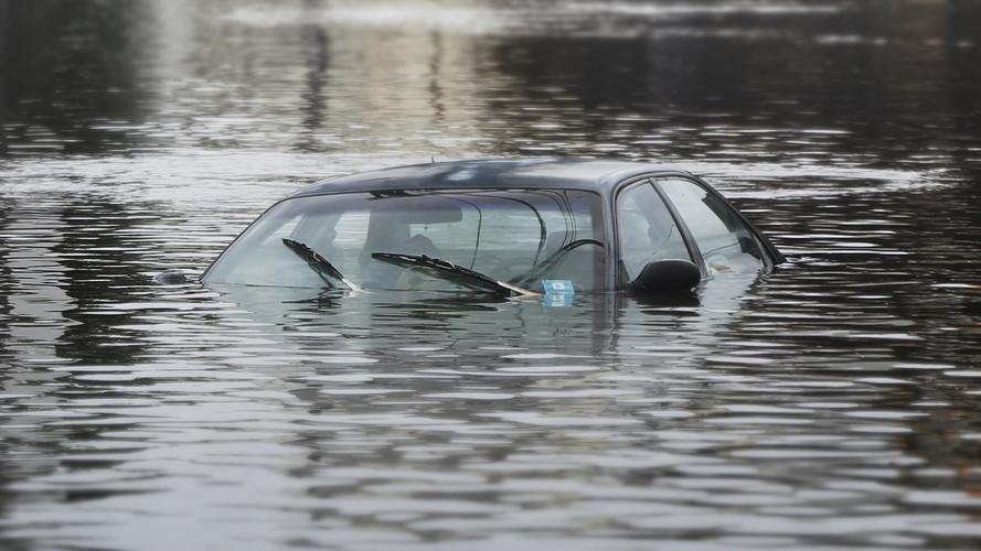 10 Ways To Spot A Flood Damaged Used Car