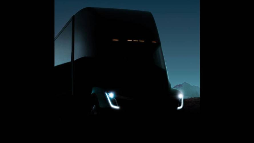 Musk Tweets That Tesla Semi Will