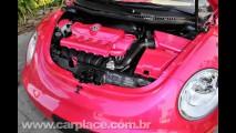 VW New Beetle e Fiat 500 fazem homenagem aos 50 anos da Barbie