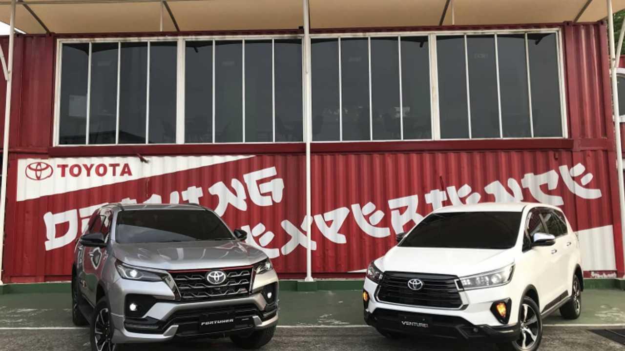 New Toyota Fortuner dan New Toyota Kijang Innova
