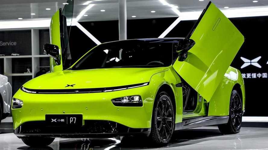Rival do Tesla Model 3, Xpeng P7 ganha versão com portas estilo Lamborghini