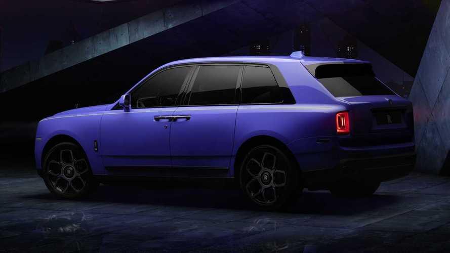Rolls-Royce Black Badge Neon Lights