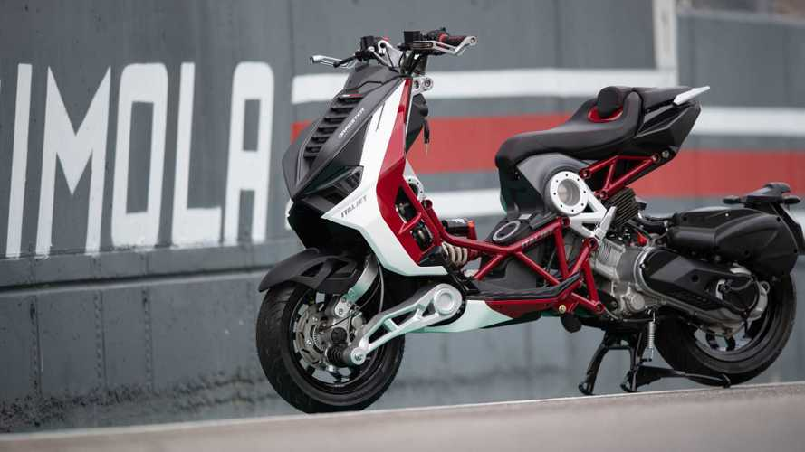 What Happens When A Ducati Panigale Meets An Italjet Dragster?