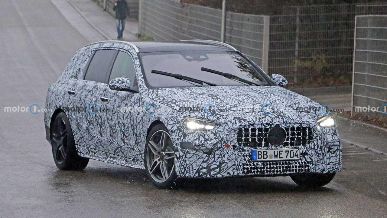 Nouveau Mercedes-AMG C43/C53 Wagon Spy Shots