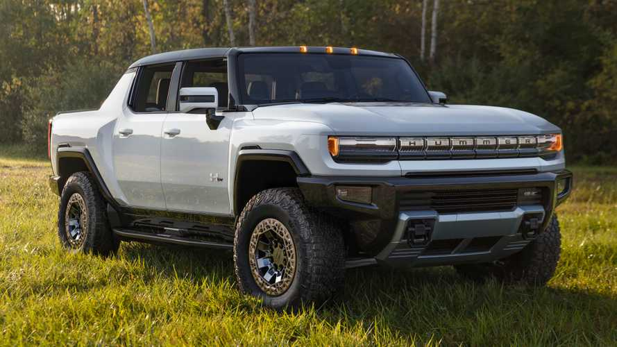 2022 GMC Hummer EV supertruck revealed