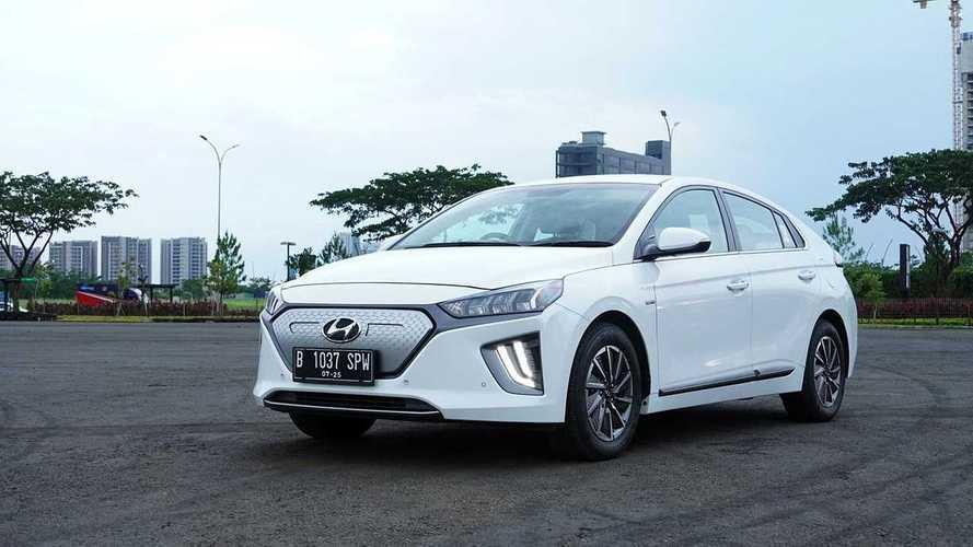 Informatif! 10 Hal Menarik Hyundai Ioniq Diulas Lengkap di Video Ini