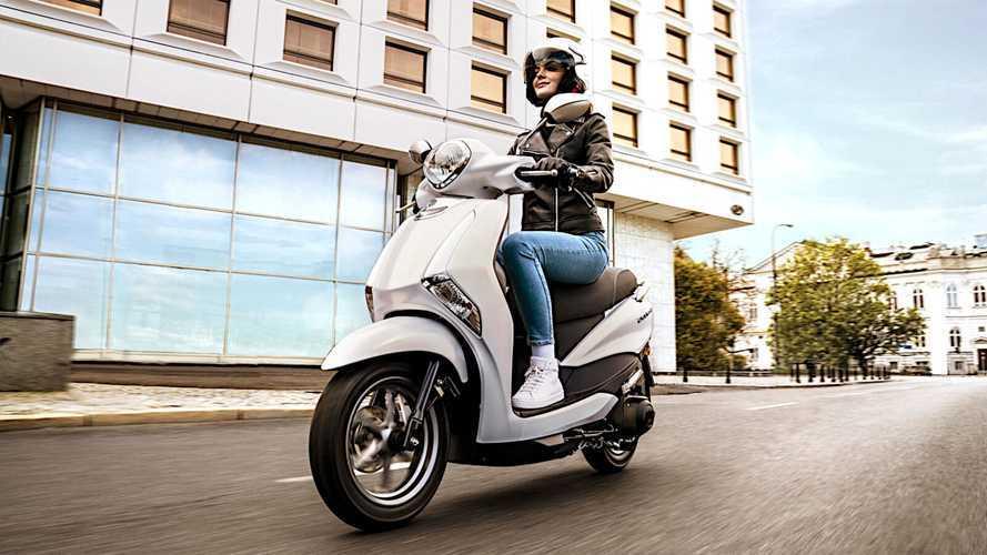 2021 Yamaha NMAX and D'elight