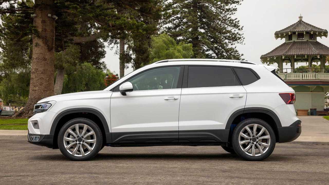2022 Volkswagen Taos Prototype Side Profile