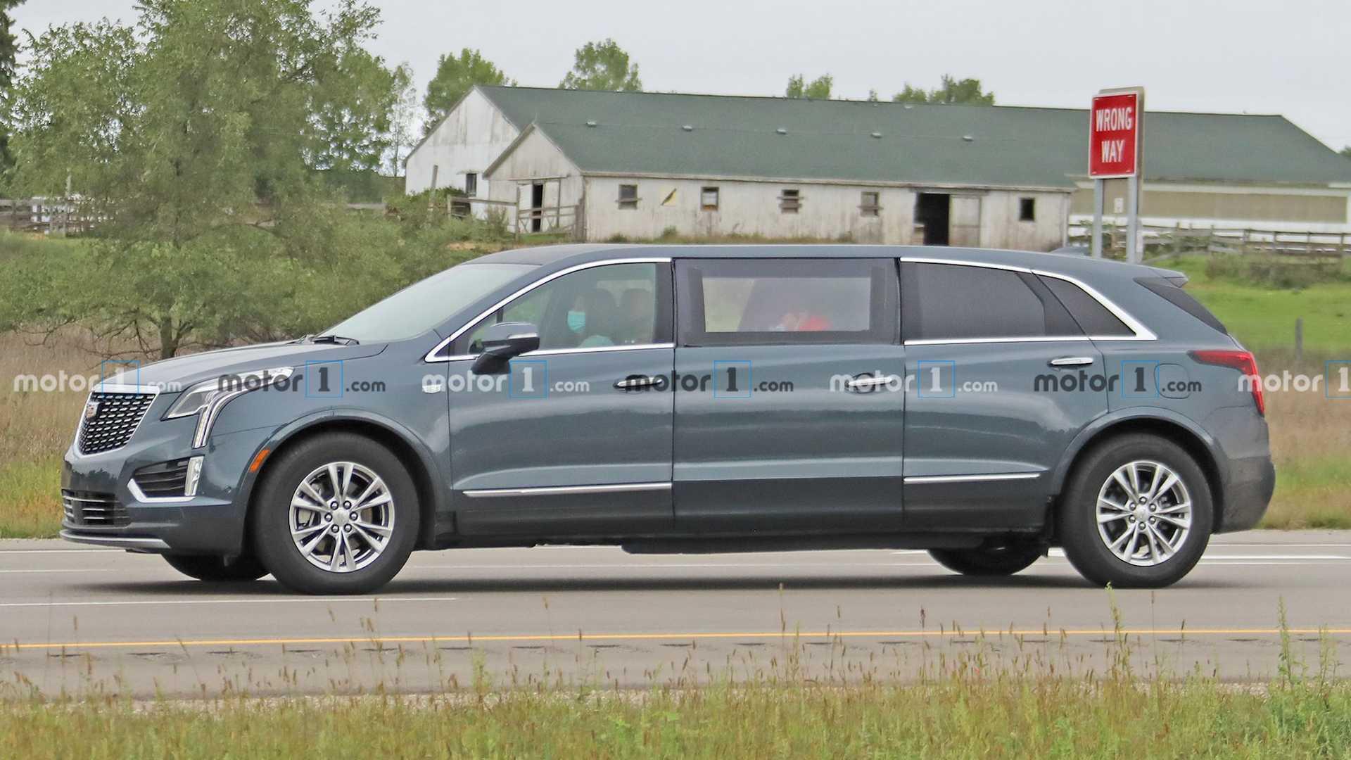 Spy Shots Cadillac Xt5 Spesification