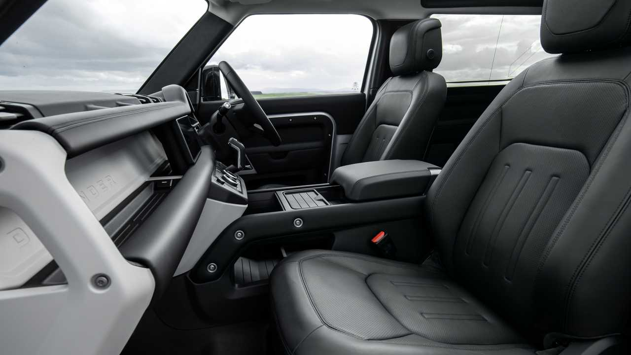 2021 Land Rover Defender 90 Interior