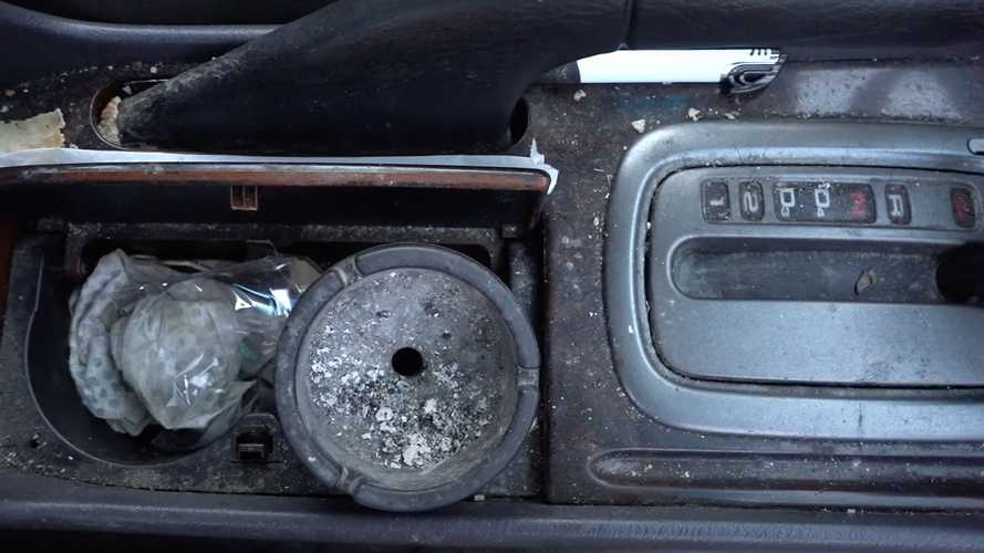 Smoker's Disgusting Honda Accord Gets Much-Needed Cleaning