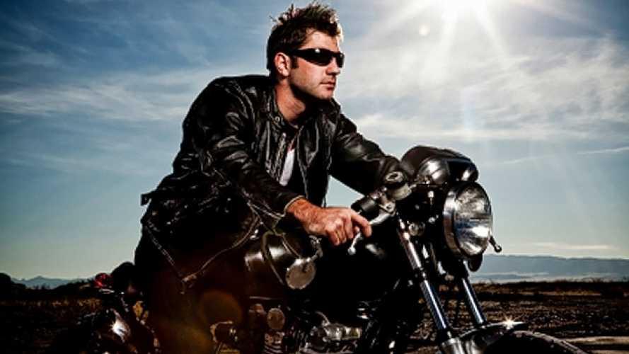 In moto senza casco: 7 cose da sapere