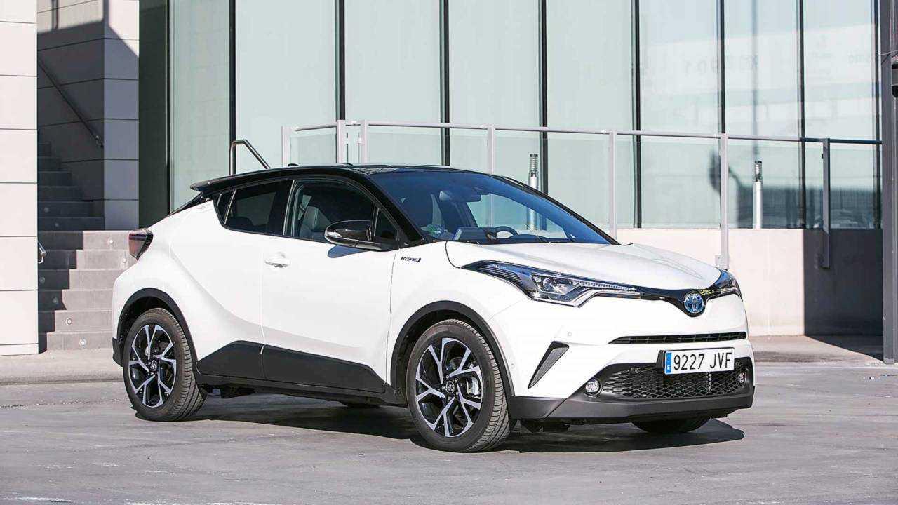 11 - Toyota C-HR 2018