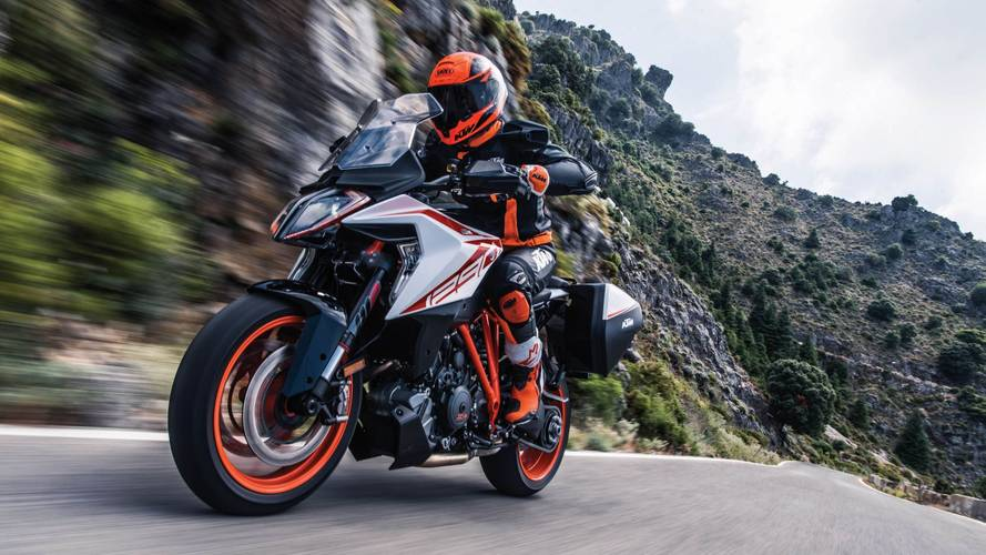 2019 KTM 1290 Super Duke GT Updated to Look Like a Bug
