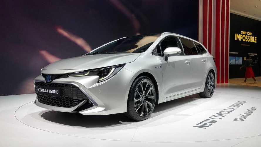 Vídeo - Os detalhes do novo Toyota Corolla no Salão de Paris