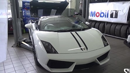 Interested In Buying A Gallardo? Here's How You Change Oil