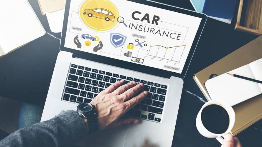 Insurance auto-renew 'loyalty tax' costs drivers £674 million