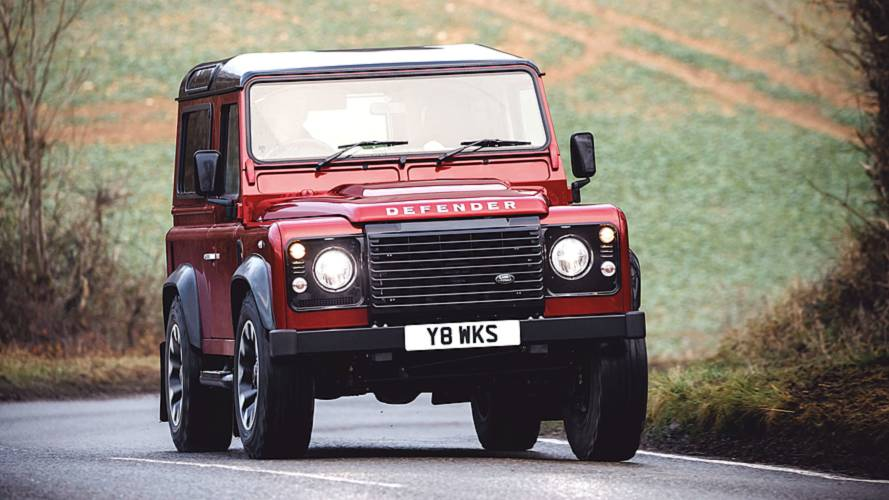 Land Rover Defender Works V8 Test