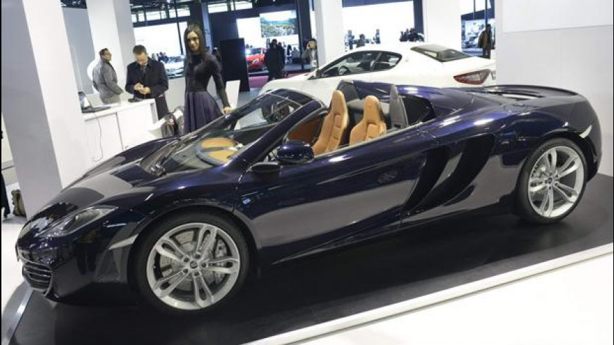 Motor Show 2012: McLaren MP4-12C Spider vs le italiane