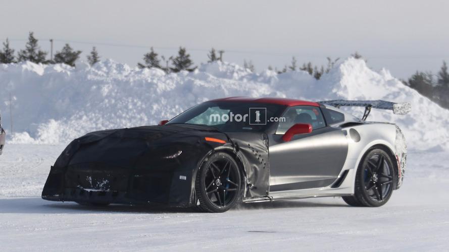 Chevrolet Corvette ZR1 testler sırasında yakalandı