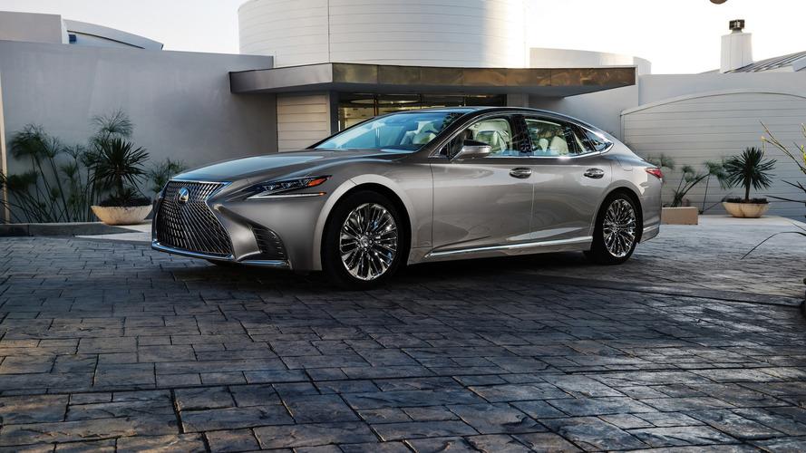 2018 Lexus LS turbo beslemeyle geliyor