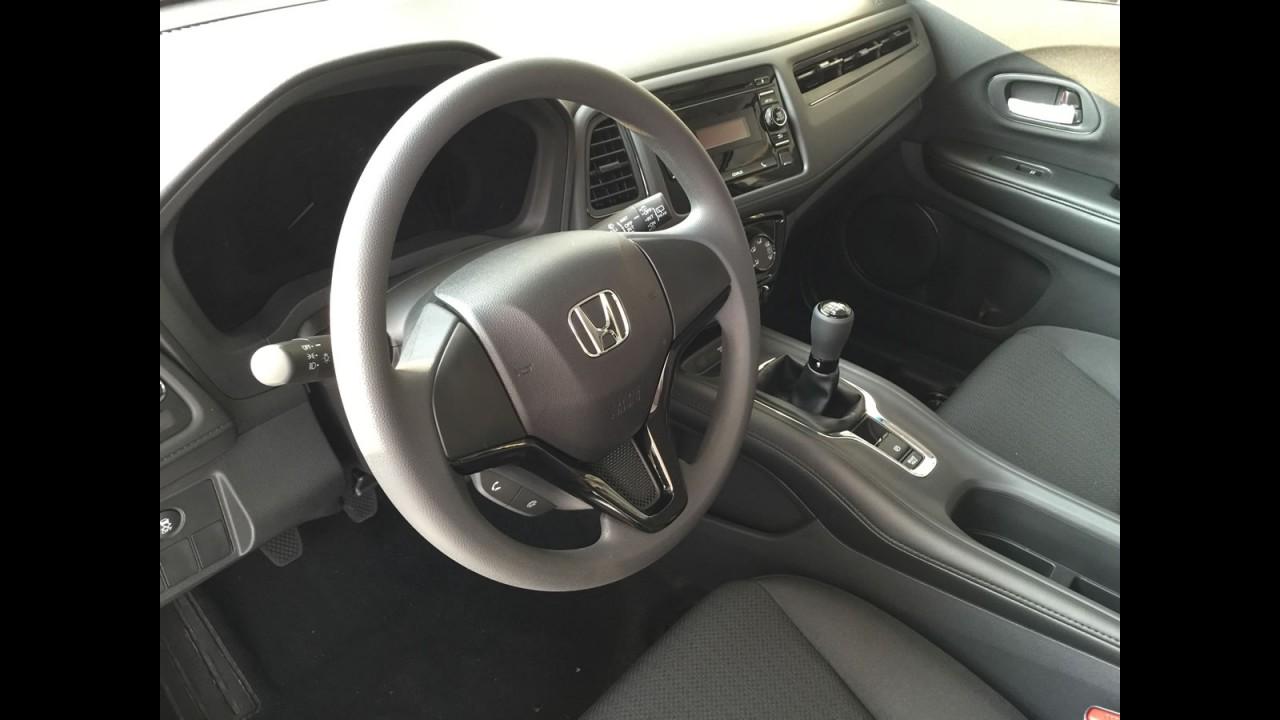 Encontramos o Honda HR-V manual à venda