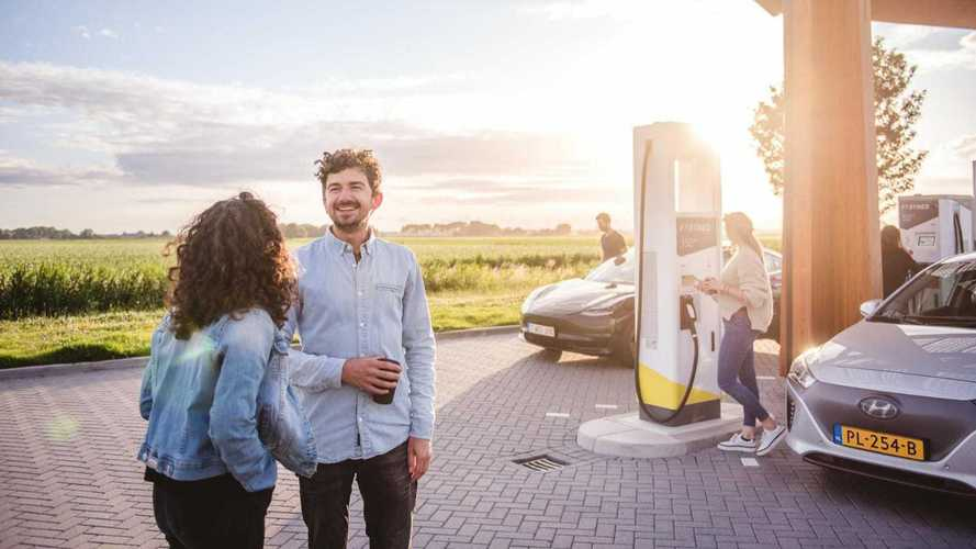 Fastned charging station