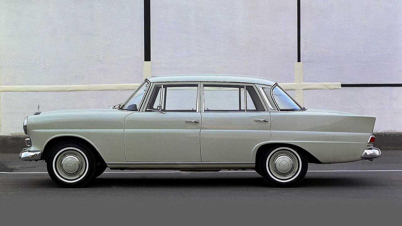 """1961 bis 1968: Mercedes-Benz """"Heckflossen""""-Limousinen mit Vierzylindermotor (W 110)"""