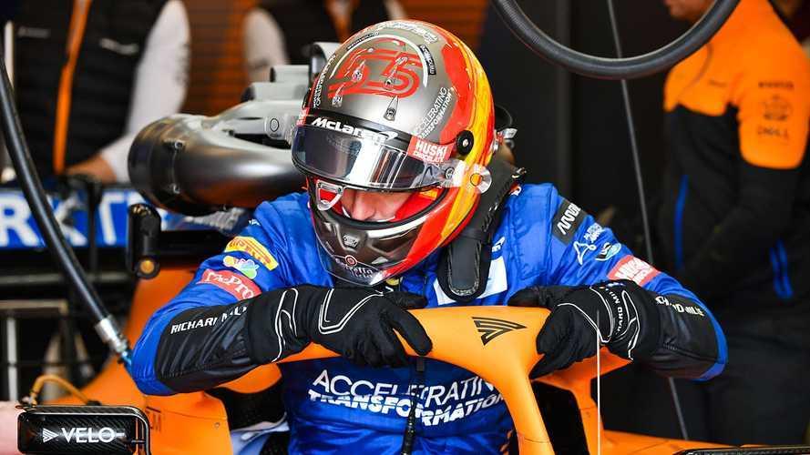 F1, Carlos Sainz Jr torna al lavoro alla McLaren