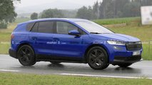 Skoda Enyaq (2020): Elektro-SUV mit trügerischer Tarnung