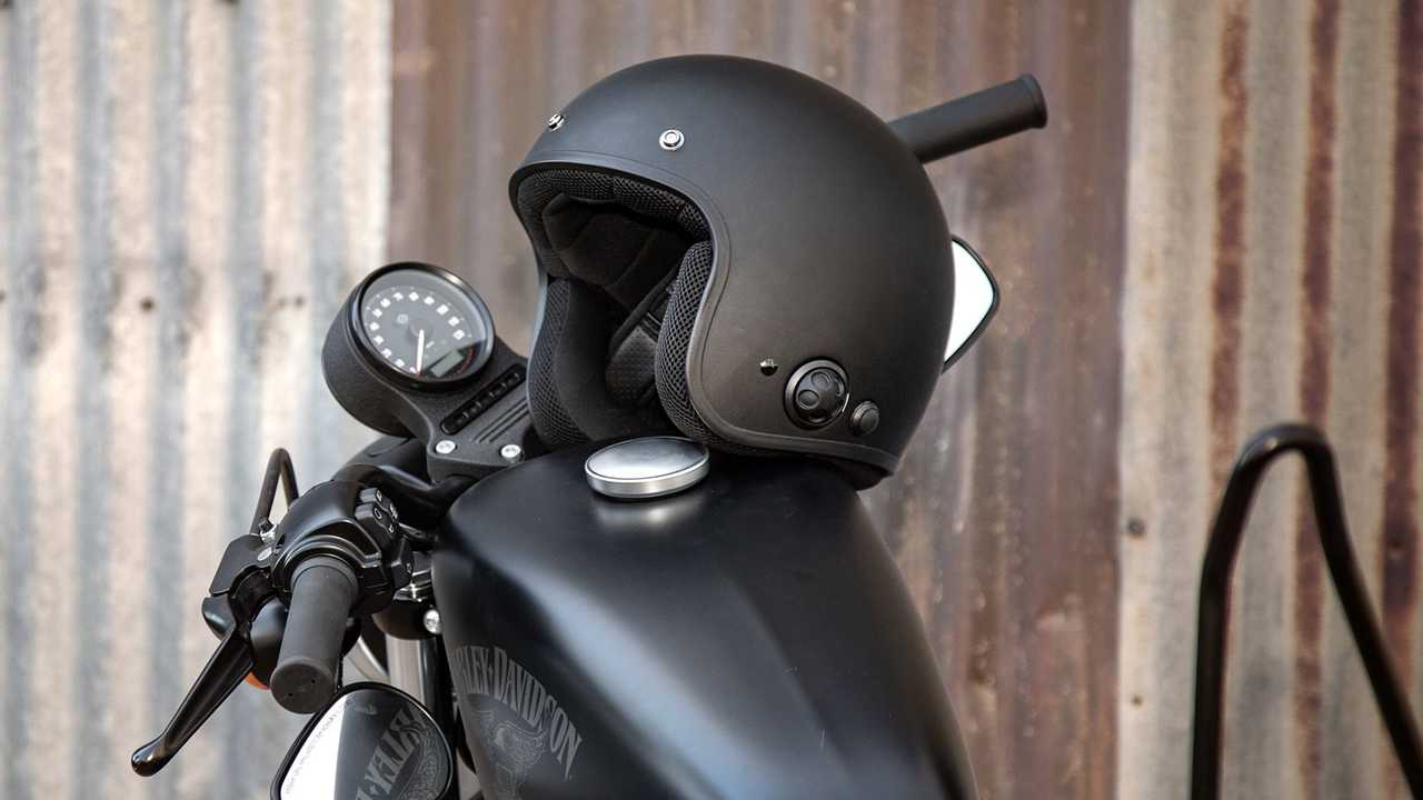 5 Motorcycles Helmets With Integrated Bluetooth System  Main