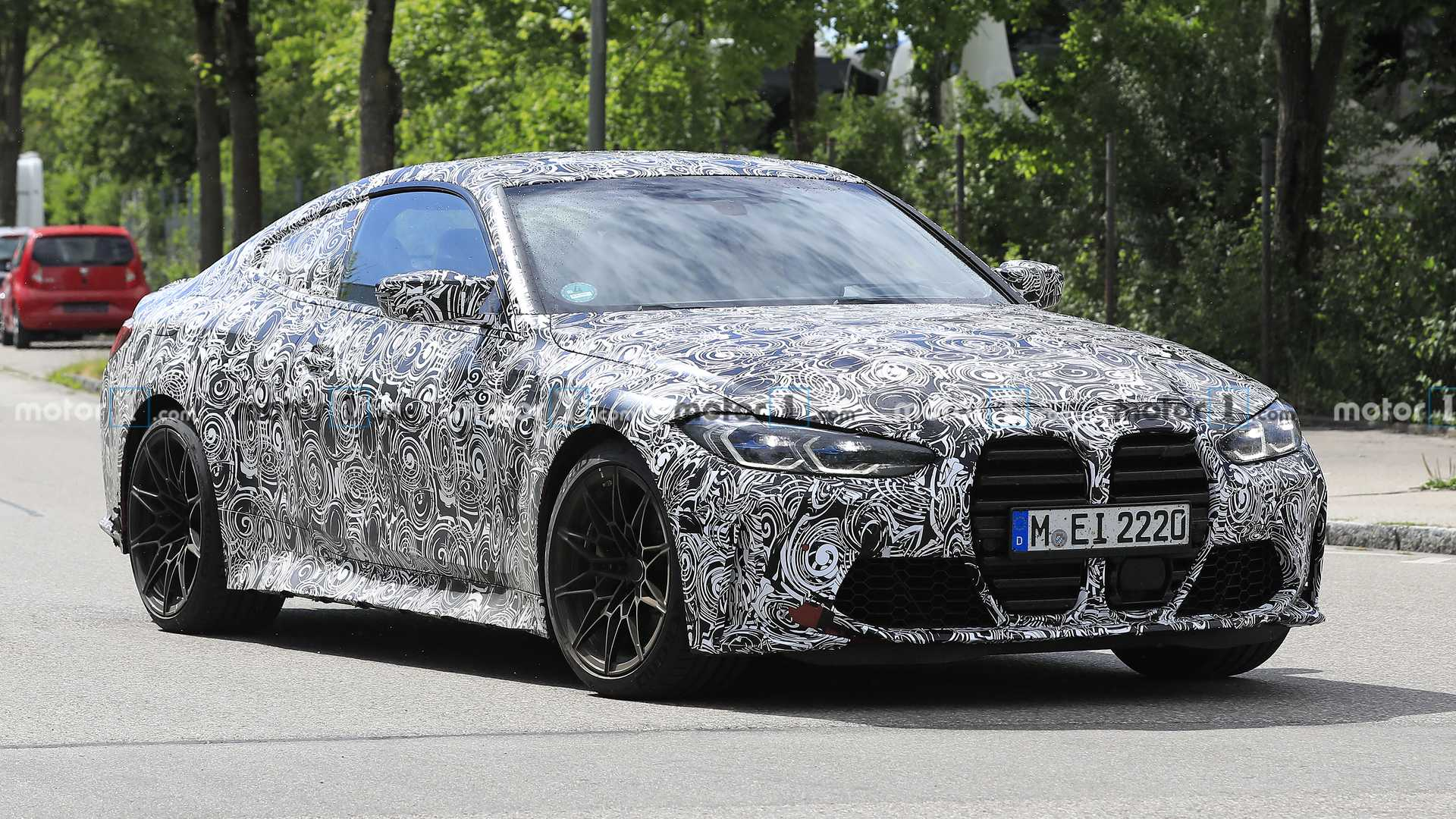 2021 bmw m4 spied showing its grille in plain sight