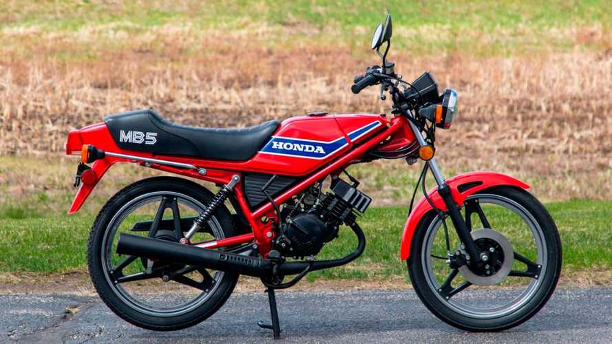 This 1982 Honda MB5 Is A Small Bike With A Big Personality