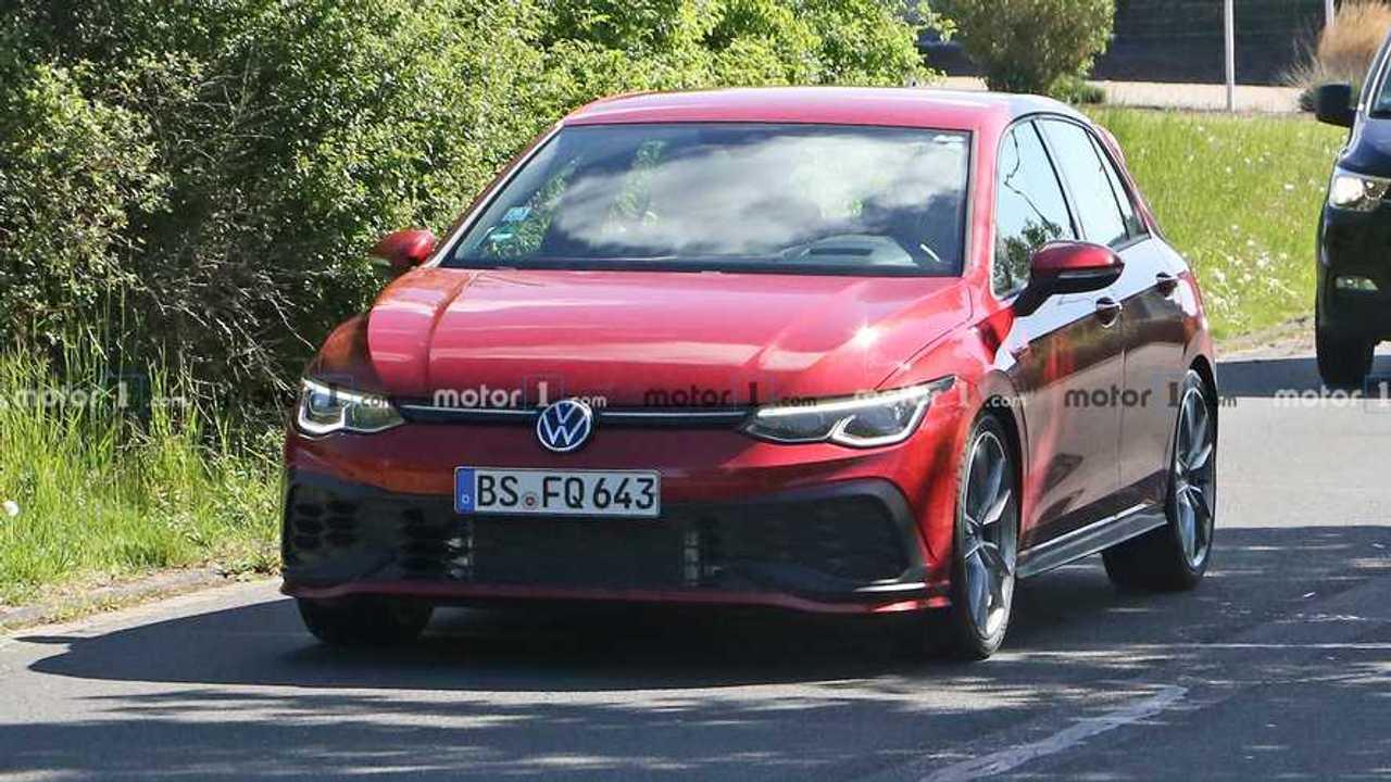 2020 VW Golf GTI TCR Kamuflajsız Casus Fotoğrafları
