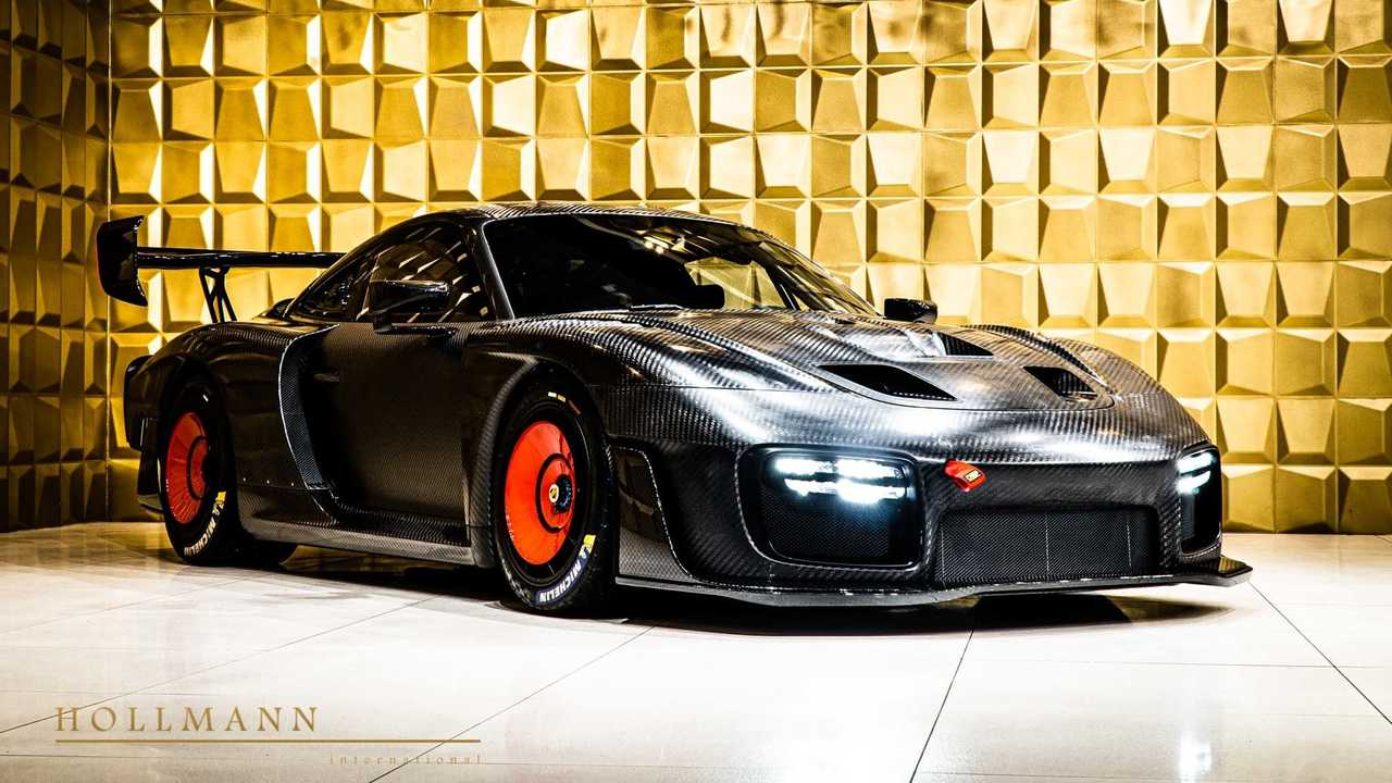 Porsche 935 with bare carbon fiber body for sale