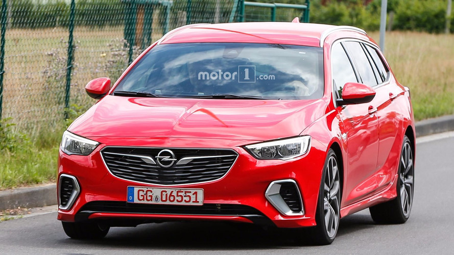 2018 Opel Insignia GSi Sports Tourer spy photos