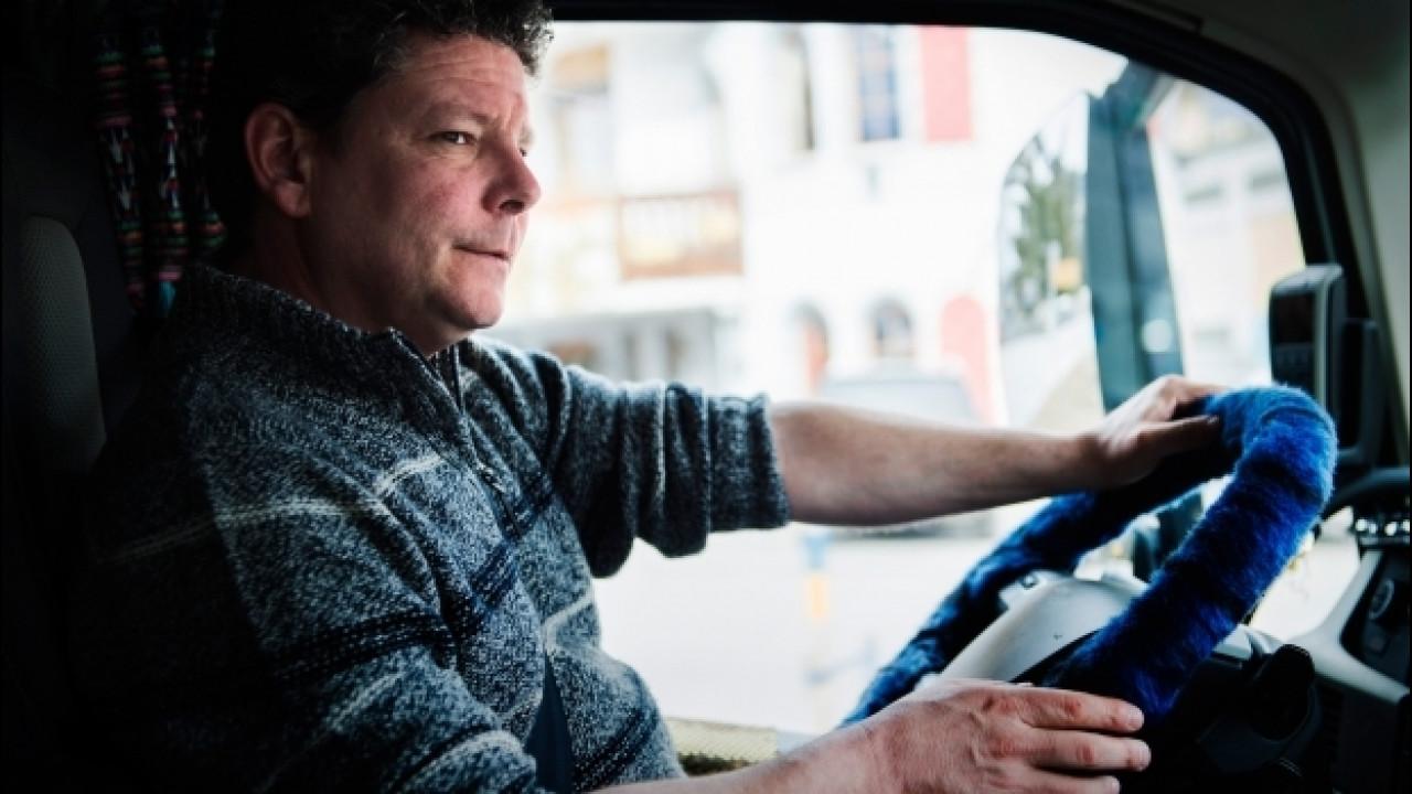 [Copertina] - Guida autonoma, 300.000 posti di lavoro a rischio in America
